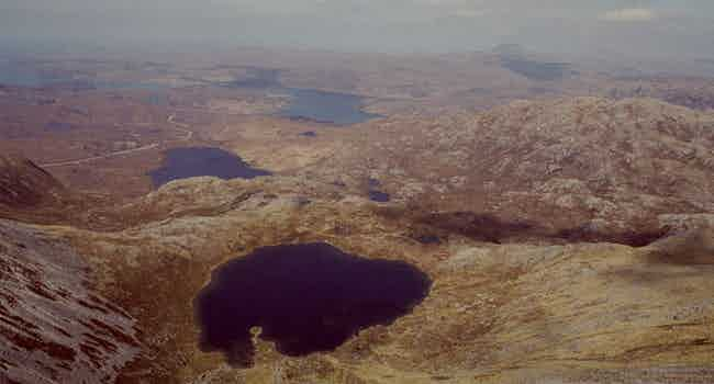 Loch a Choire Dheirg (Red Corrie)